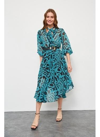 Setre Fuşya Kemerli Piliseli Elbise Mavi